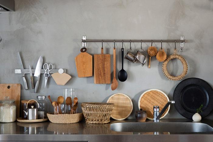異素材が溶け込んだキッチンまわり。使いやすさと美しさを考えて。