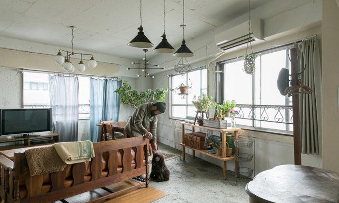 アンティーク家具が似合う家旧いビルのワンフロアをスケルトンにして住む