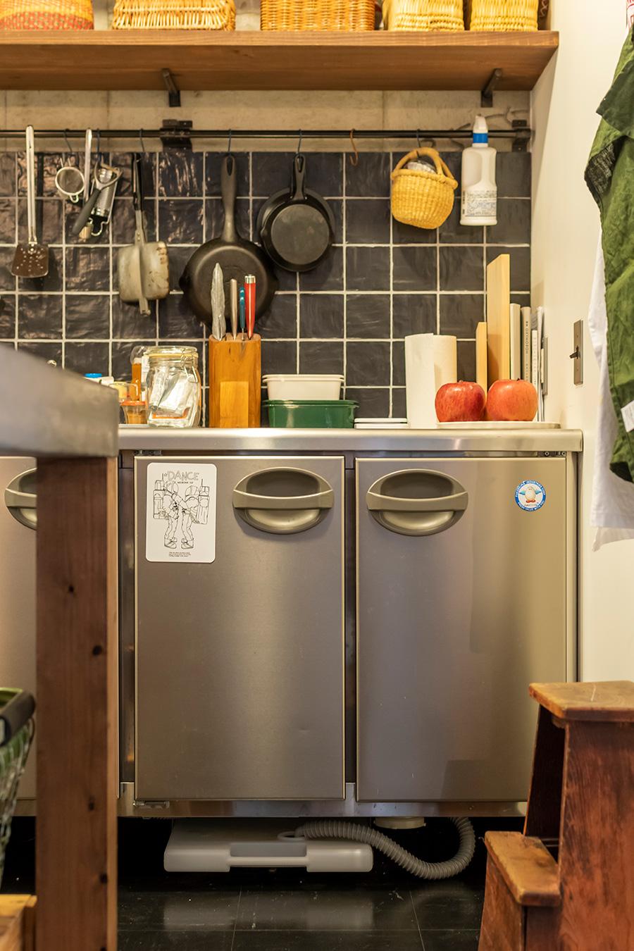 「FUKUSHIMA GALILEI」の業務用冷蔵庫。