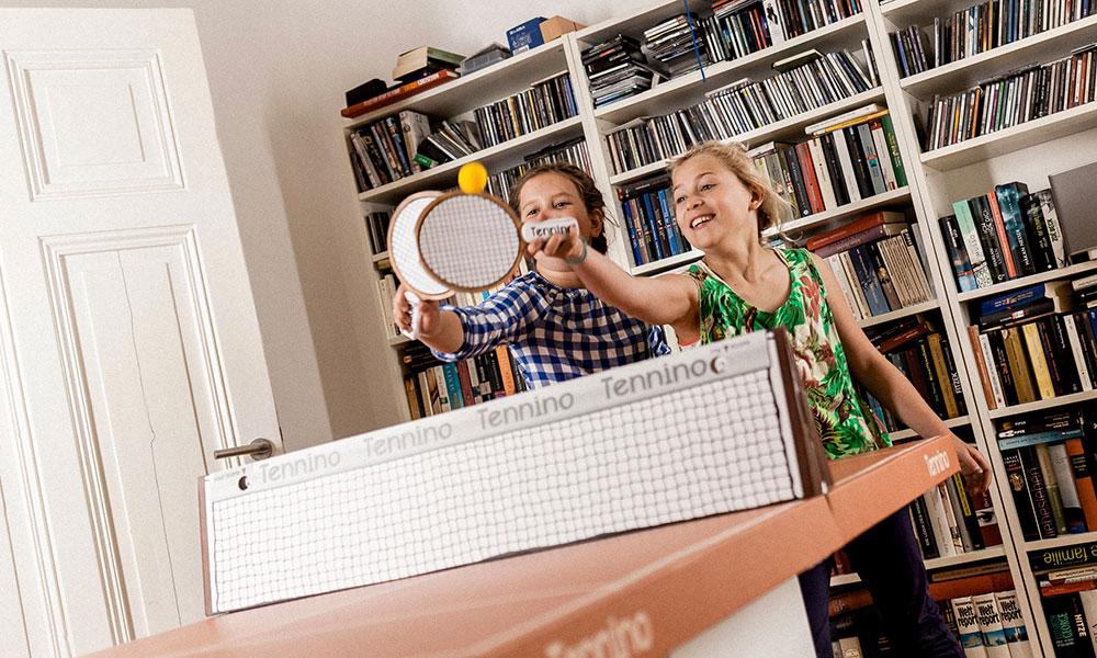 脳トレからスポーツまで世界中から集めた 家で遊べるゲーム