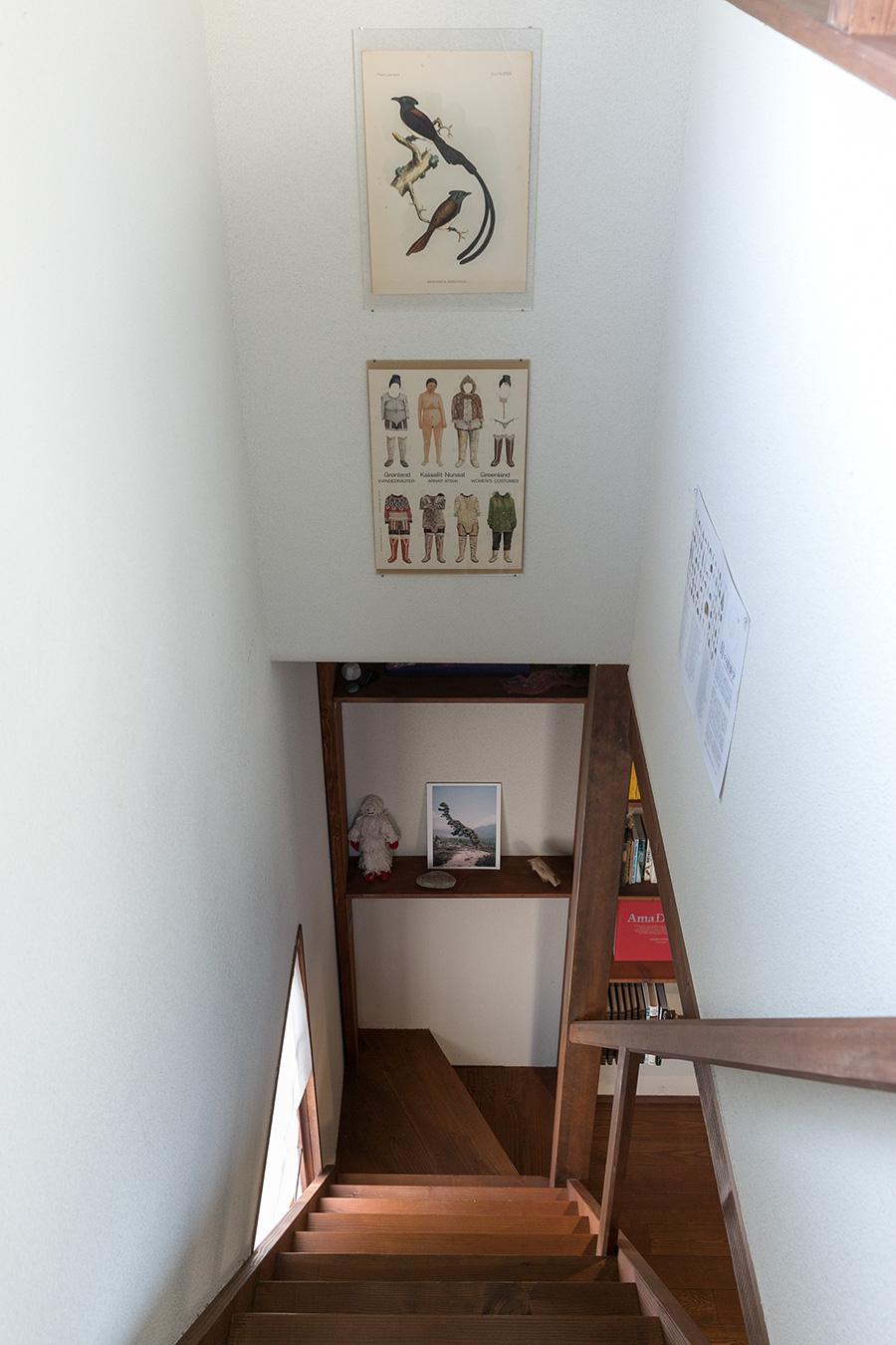 階段を降りるときにも目に楽しい。