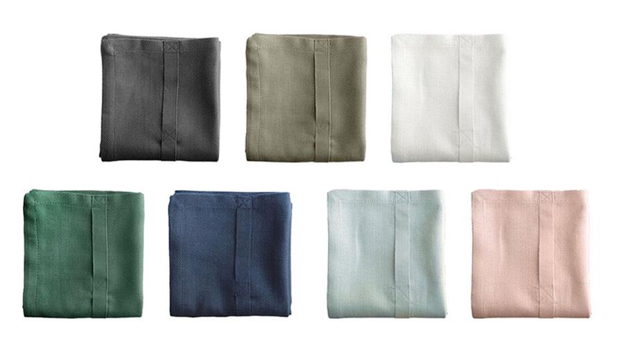 ALL PURPOSE TOWEL 53×86cm 各¥2,800 全7色、ダークグレー・クレイ・ナチュラルホワイト・ダークグリーン・ダークブルー・スカイ・ペールローズ