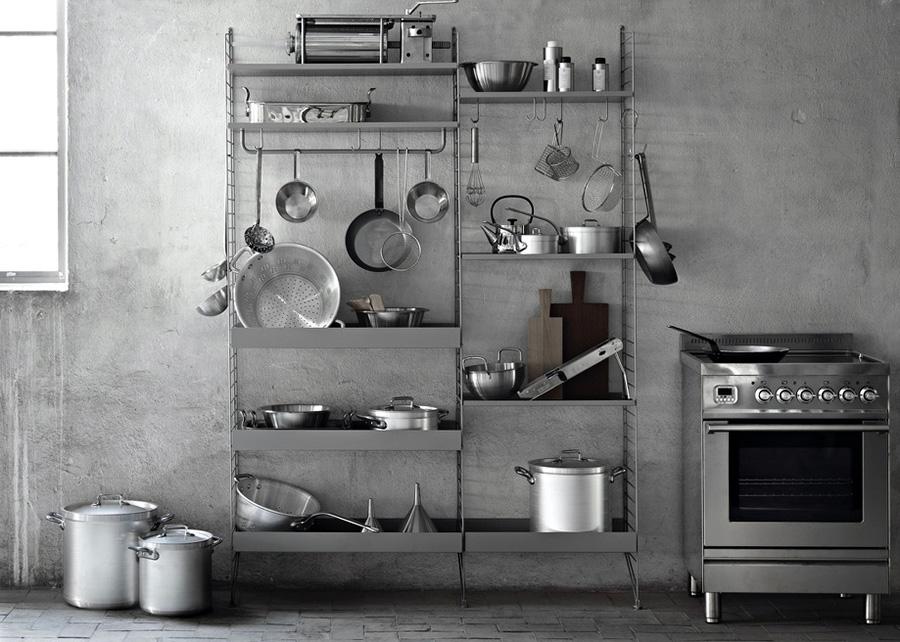 ワークスペースが不要になった時にはデスクを外して棚板を付け替えれば、キッチンシェルフや本棚、シューズラックなど、さまざまな空間に対応。