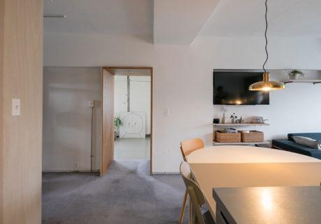 建築家夫妻のリノベーション1つの家に2つのニュアンス、 余白が作る豊かな広がり