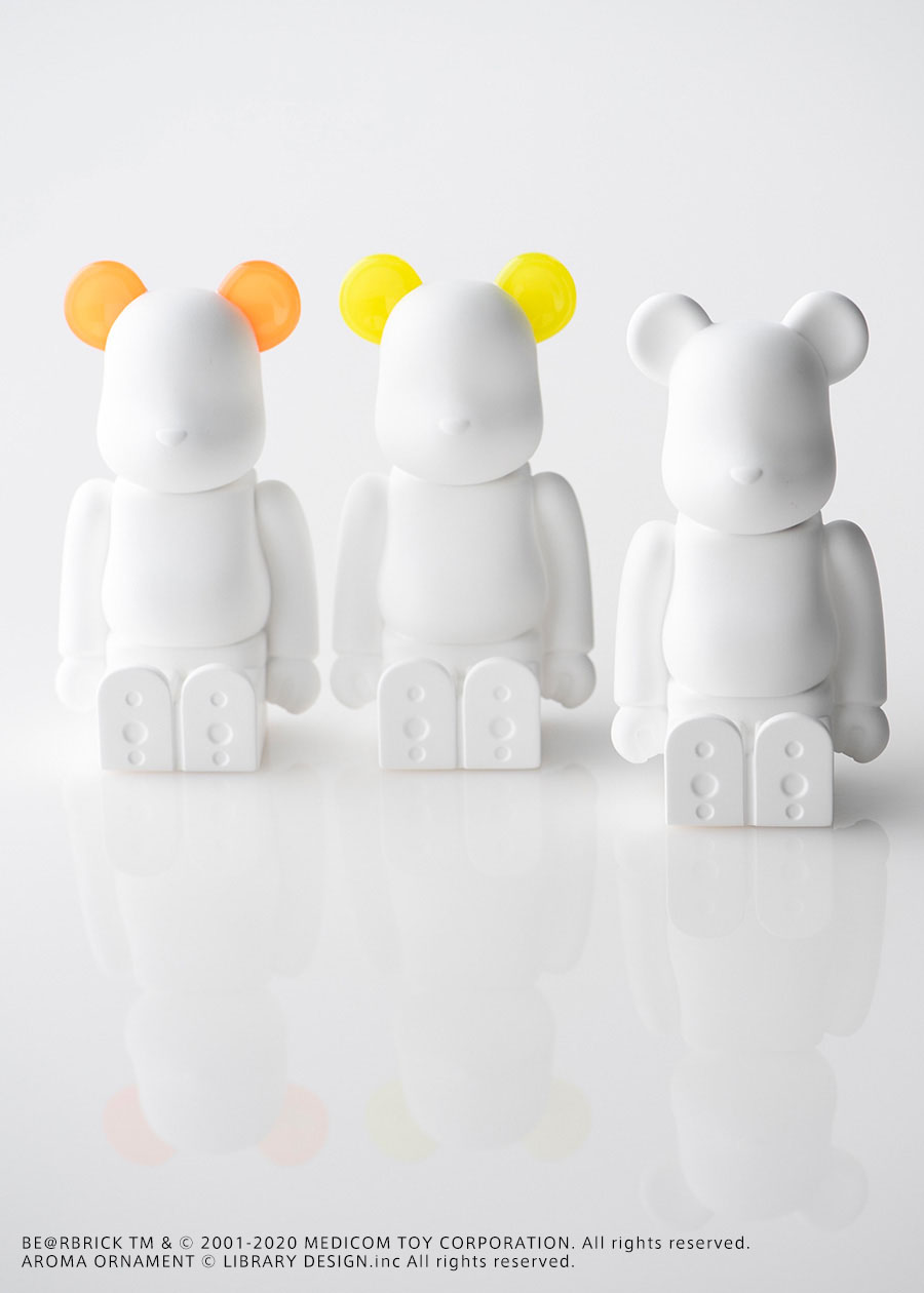 BE@RBRICK AROMA ORNAMENT No.0 BASIC H120mm ¥7,800 BE@RBRICK AROMA ORNAMENT No.0 COLOR ( ORANGE・YELLOW ) H120mm  各¥9,800 以上Bibliothèque Blanche by BALLON BE@RBRICK TM & © 2001-2020 MEDICOM TOY CORPORATION. All rights reserved. AROMA ORNAMENT © LIBRARY DESIGN.inc All rights reserved.