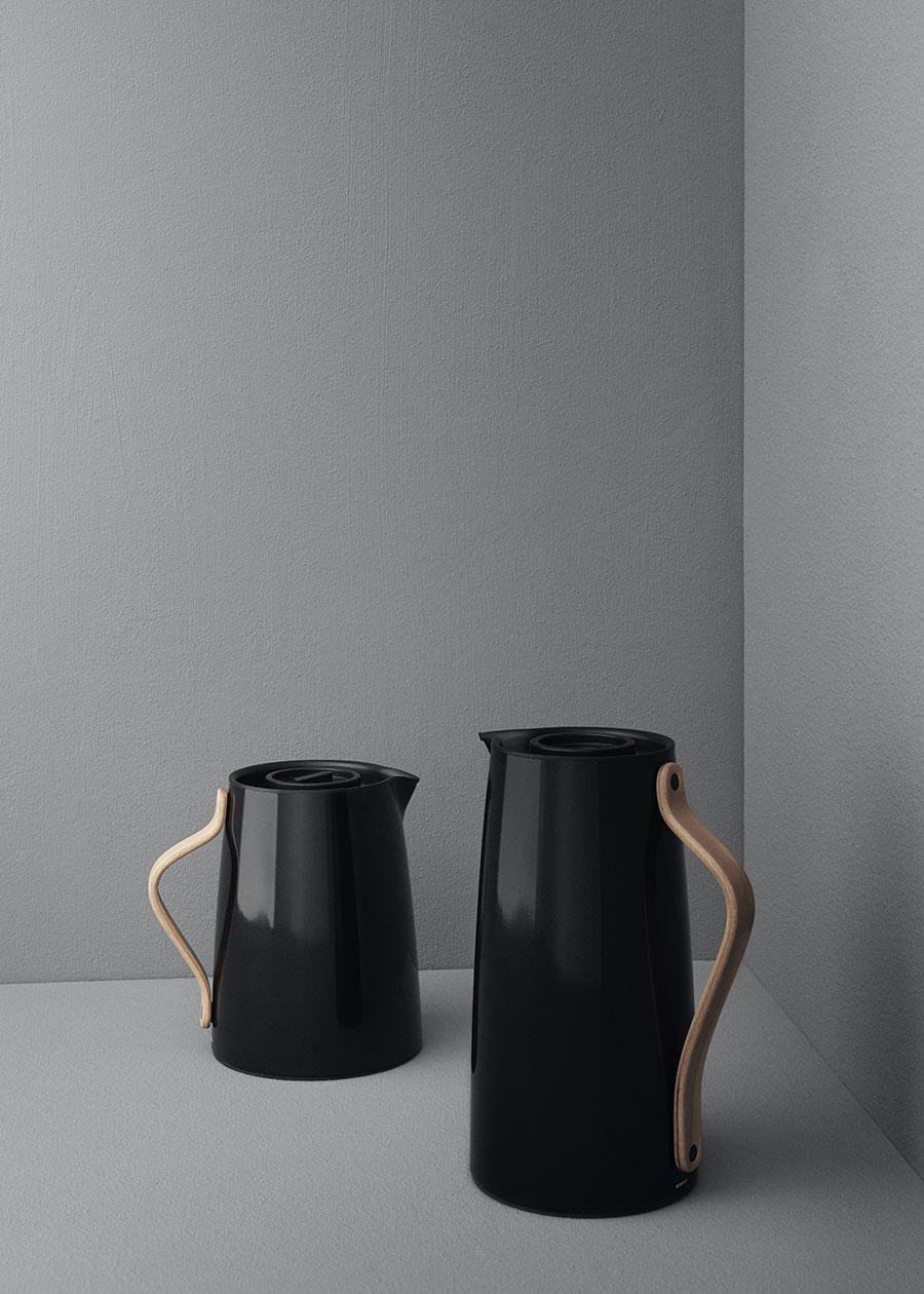 EMMA バキュームジャグ ティー  ( ブラック )  1L W17.7 φ11 H18.7cm ¥18,000 EMMA バキュームジャグ コーヒー  ( ブラック )  1.2L W17 φ10 H24.5cm ¥18,000ともにステルトン ( スキャンデックス )