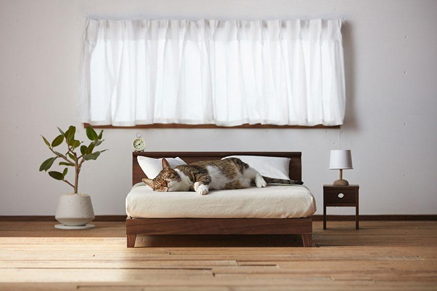 立野木材工芸の天然木を使った『Raffine Bed for cat』。