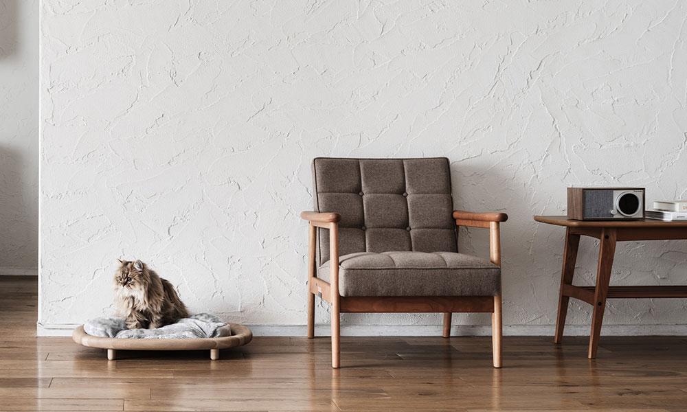 よい家具を愛猫にも 猫も飼い主も心地よい 木の家具を探す