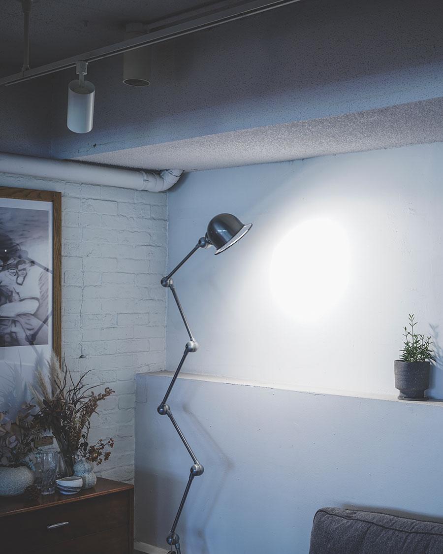 JIELDE 9406 FLOOR LAMP ZIGZAG  ( Brushed steel・Matte black ) arm : 400mmx6 head : W160x115mm base : φ333mm ¥132,000〜