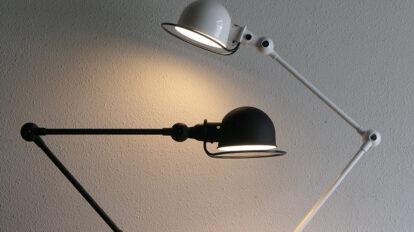 ジェルデ社のランプ 1950年代にフランスの作業用ランプとして誕生