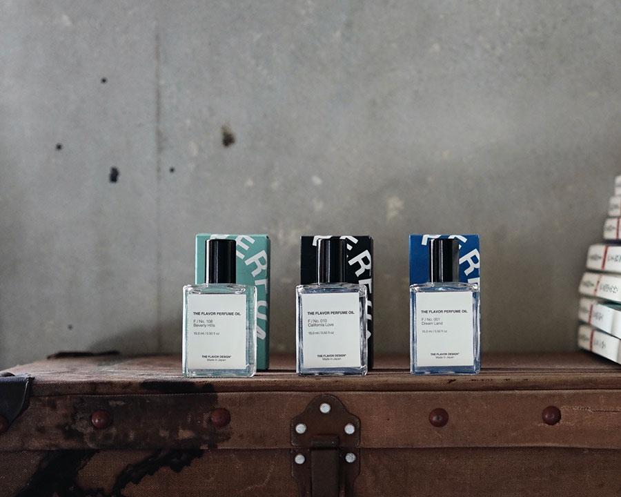 左からドリームランド・ジャズステップ・ブレイカーズ 15ml 各¥4,400 ドリームランドは柑橘トロピカルなイメージ、ジャズステップは華やかなシーンに合うフローラルの香り、ブレイカーズはレモン・グリーン・ジャスミンベースのスッキリとした香り。