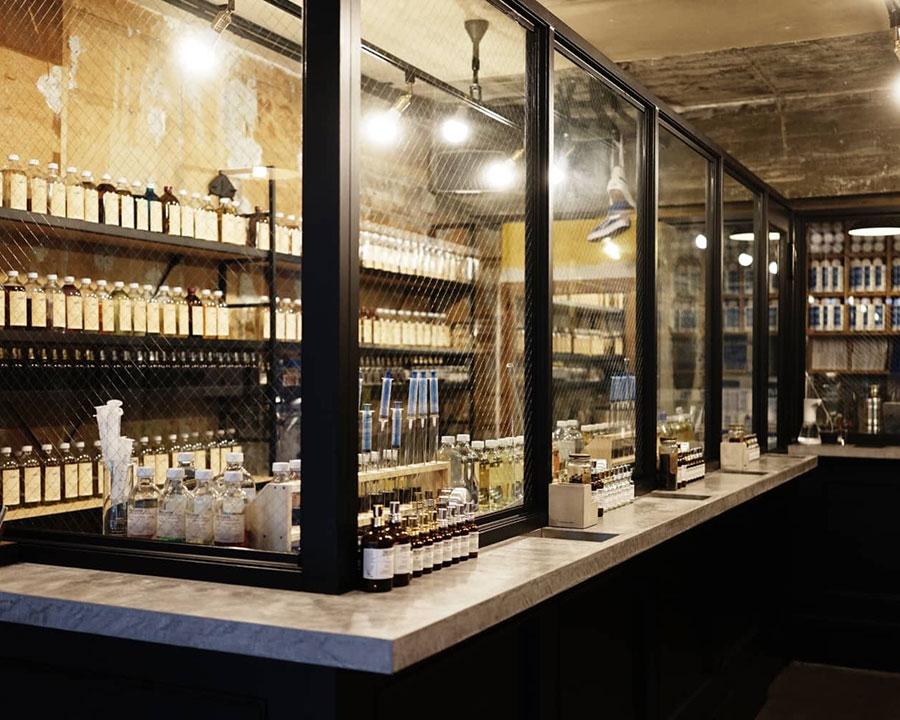 ブルックリンの倉庫をモチーフにした「ザ フレイバーデザイン®︎ フラグシップストア 大阪」 ファブリックミストのDIYは、大阪店、東京店、沖縄店、城崎店の4店舗で対応。要予約。