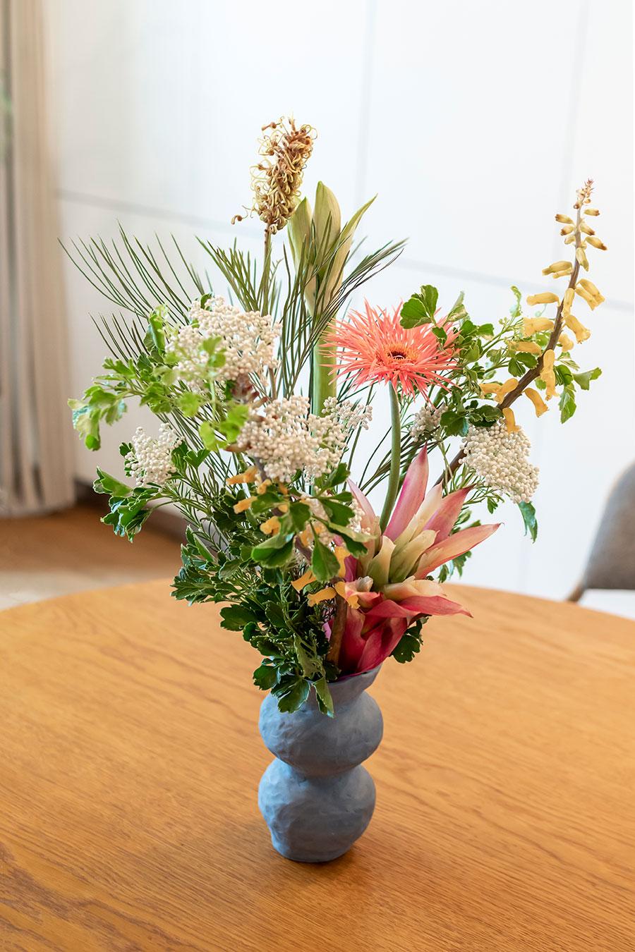 幡ヶ谷の雑貨店「BULLPEN」で購入した花瓶。