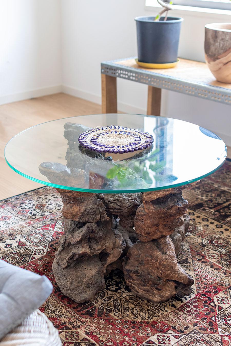 大阪「WANT ANTIQUE」で購入したローテーブル。