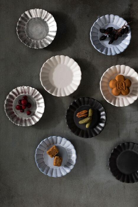 イタリア菊割小皿 ¥1,012 イタリア菊割小皿ピューター ¥1,760 フランス菊割小皿 ¥1,320 オランダ菊割小皿 ¥1,012