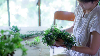 hanauta#のグリーンあしらいPart1 涼を誘う香り ハーブのリースをつくる