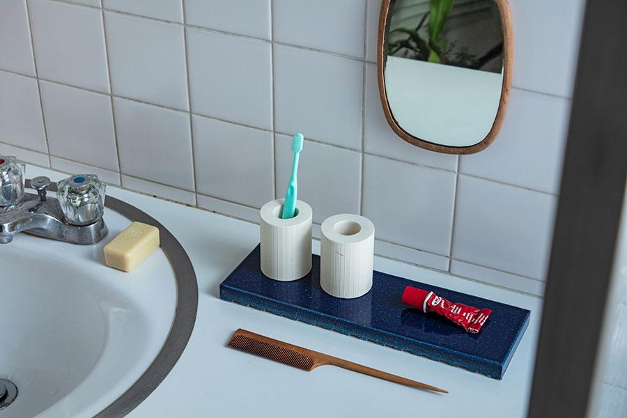 耐水性のあるタイルは、洗面所などの水回りで使うのもオススメ。