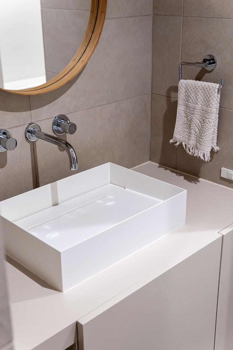 洗面ボウルは「サンワカンパニー」のアッセを採用。