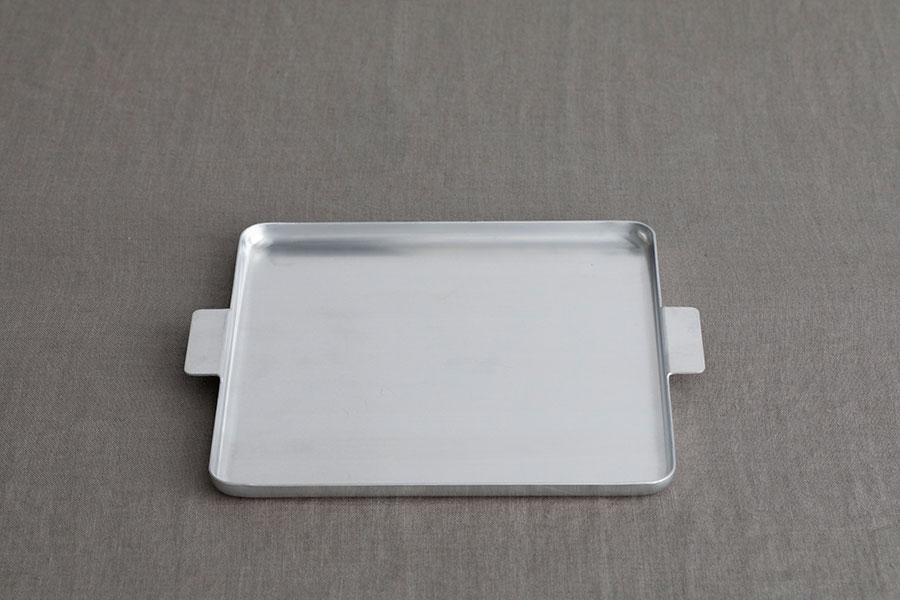 アルミニウム トレイ スクエア W240 D240 H15mm ¥3,080 ユミコ イイホシ ポーセリン